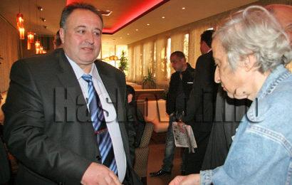 Албен Манджуков