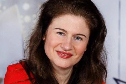 Светлана Николова