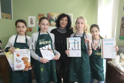 """Нови награди за художниците на """"Колорит"""", готвят изложба в Народното събрание"""