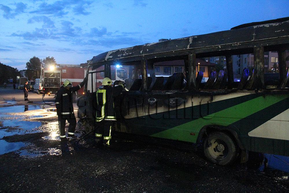 Автобус изгоря като факла в Димитровград